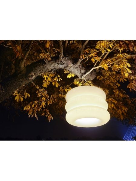 big_puff_hanging_lamp_outdoor_02_257694961